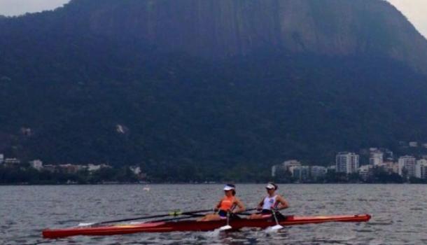 Bond gekort tijdens voorbarig bezoek aan Rio