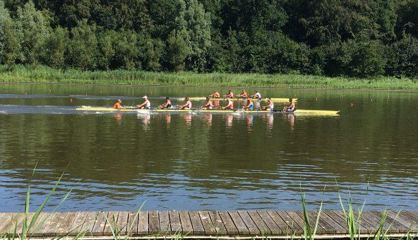 Holland Vier en Holland Acht aan elkaar gewaagd
