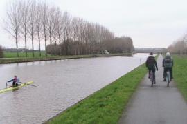 Utrechtse roeiers vluchten naar Vianen