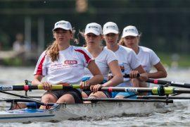 Zeven vrouwenboten naar talenttoernooien