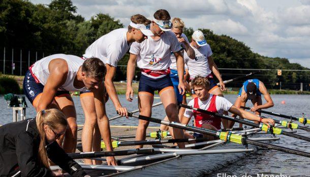 JuniorenWK medailleloos na strijd jongensacht en meisjesdubbelvier