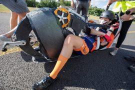 Gezocht: vrouw die pakweg  125  kilometer per uur (of harder) kan fietsen