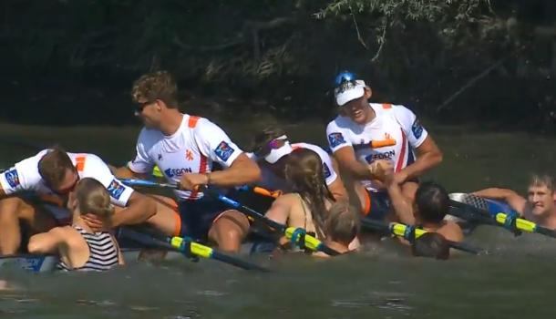 Dubbelvier wint goud met bootlengten voorsprong!