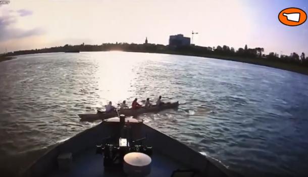 Unieke beelden van een bijna fatale aanvaring met roeiboot die kapseist