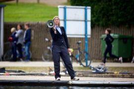 Mannenboatrace krijgt vrouwelijke kamprechter