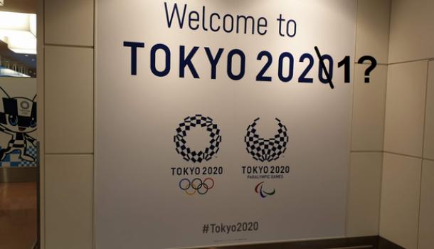 Tokyo: 2021 of nooit, twee aan één kleine terrastafel en sporters staan voor meer bewegen
