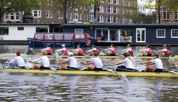 Amsterdammers maken op de Amstel de dienst uit