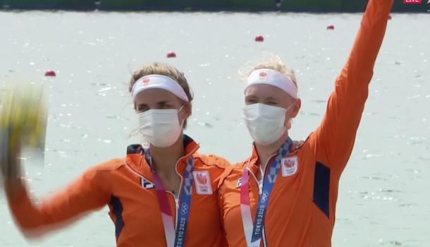 De eerste medaille is binnen, brons voor de dubbel!
